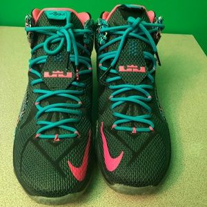 aca387a2a00c Women s Lebron Shoe Size on Poshmark